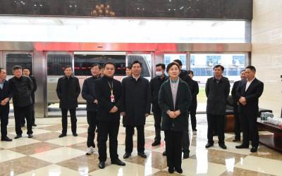 湖南省政协主席李微微率队莅临聪厨调研指导工作